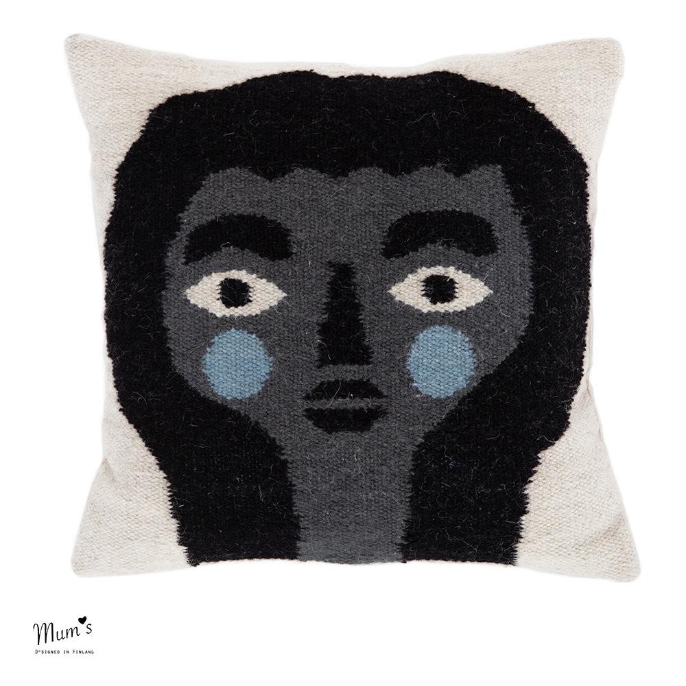 HÄN collection: Girl by Jenni Tuominen