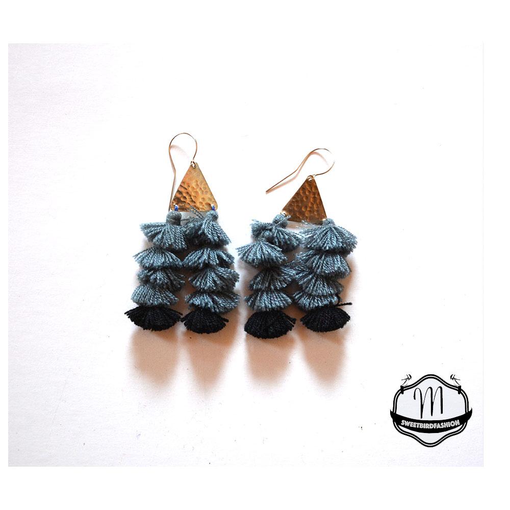 BOMBOM earrings grey